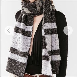 Urban Outfitters New York Scarf